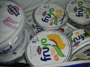 fage, total greek yoghurt, fruyo, fruity yoghurt, fat free yoghurt, peach,pineapple, plain yoghurt, review